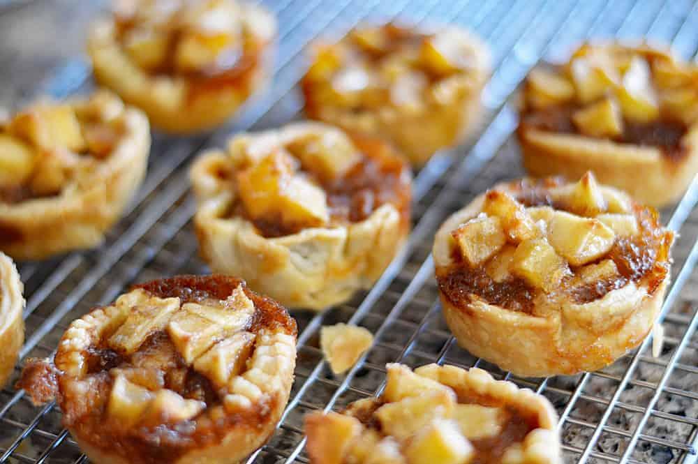 Mini Vegan Apple Pies