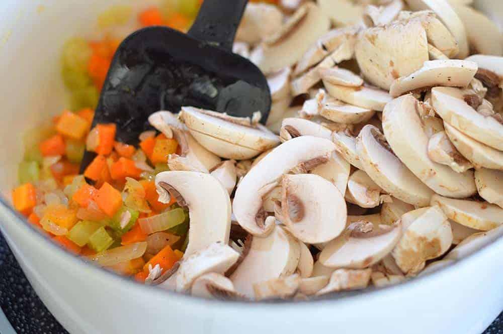 Easy Vegan Wild Rice and Mushroom Soup