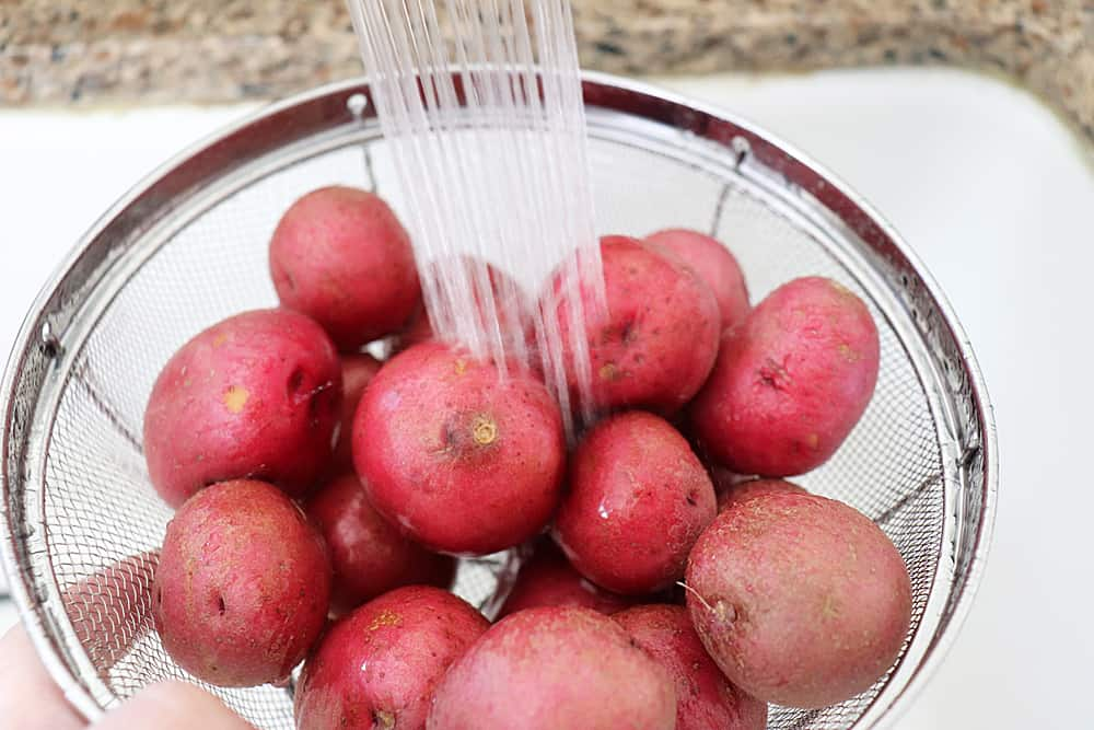Rinsing the red potatoes