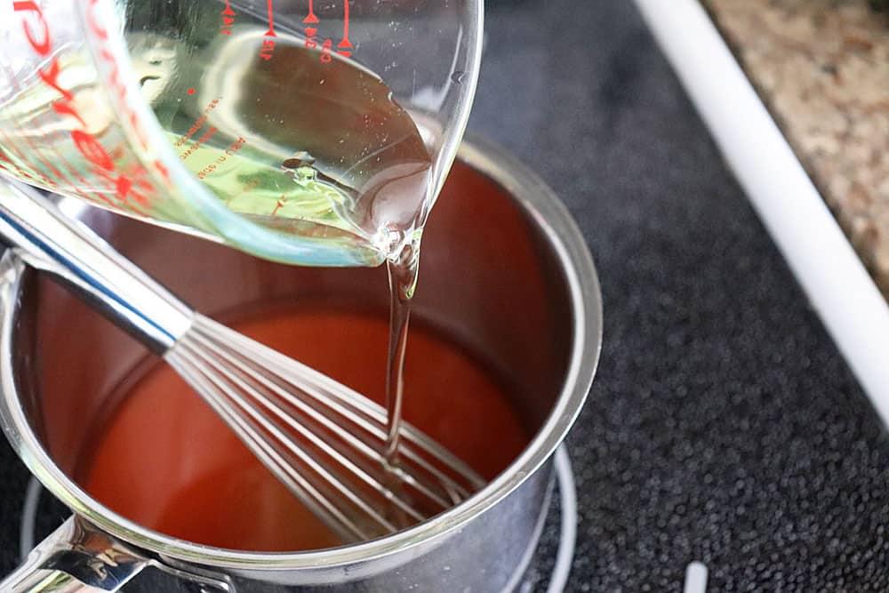 Adding oil to red wine vinegar