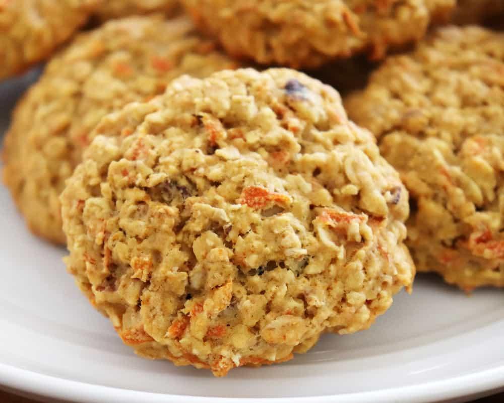 Baked Vegan Carrot Cake Oatmeal Cookies