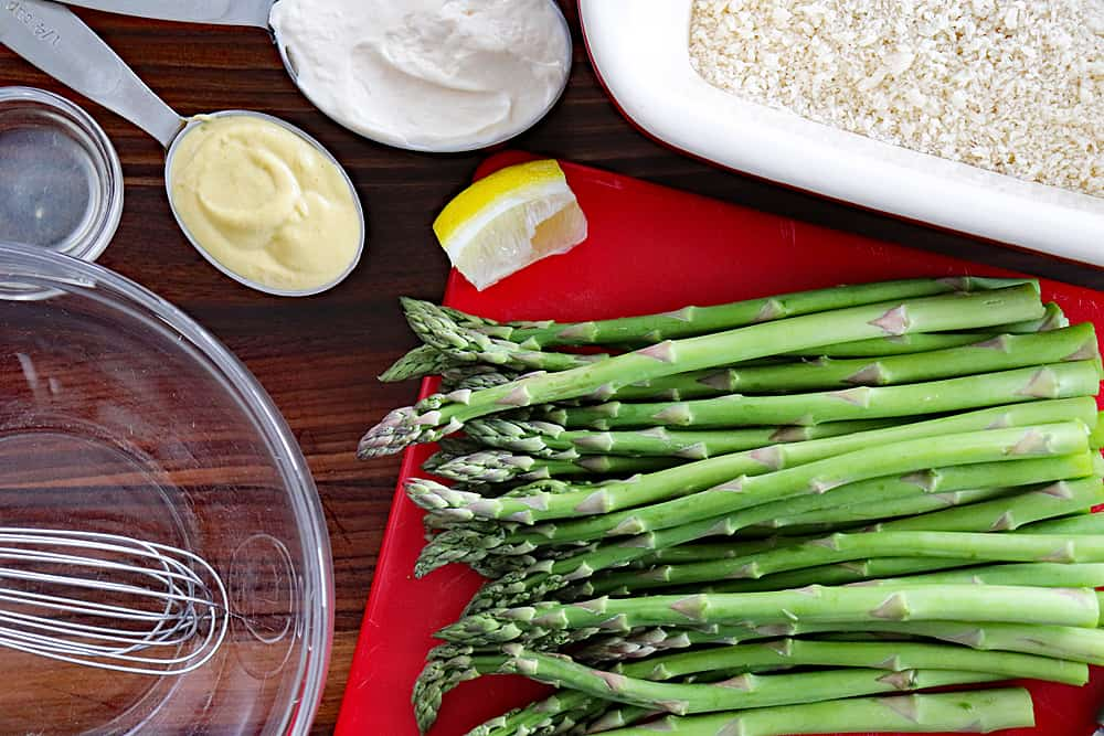 Ingredients for Panko Roasted Asparagus